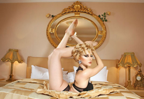 Zlata, Beautiful Russian contortionist, the Goddess of flexibility