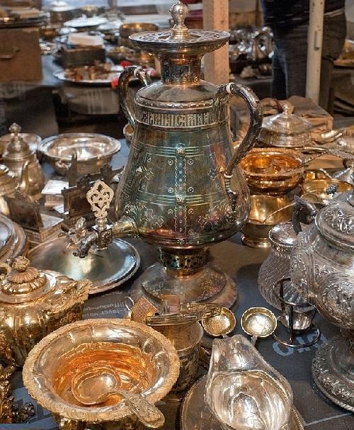 Workers restoring Russian mansion find treasure hoard