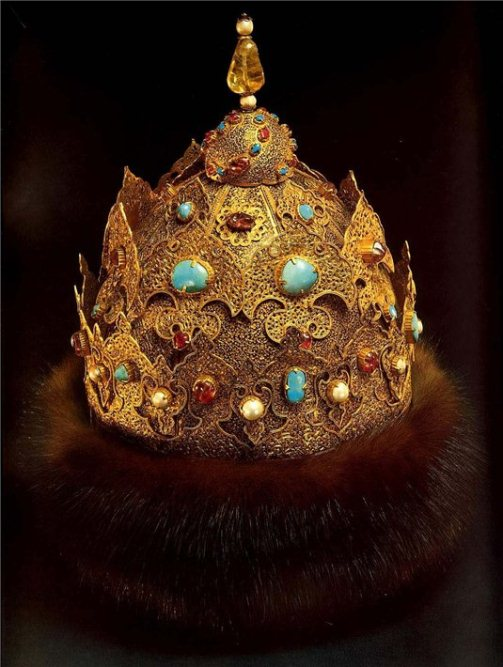 "Crown of Kazan, Mid-16th Century. Gold, precious stones, furs, casting, engraving, carving, black. Height 24.8 cm, circumference 65 cm. State Historical and Cultural Museum-Preserve ""Moscow Kremlin"". Armory, Moscow"