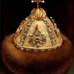 """""""Cap of Monomakh second set"""". 1682, Gold, precious stones, pearls, fur, casting, engraving, carving, Height 20.3 cm circumference 61 cm. State Historical and Cultural Museum-Preserve """"Moscow Kremlin"""". Belonged to Peter Alekseevich. Of the workshop of the Moscow Kremlin"""