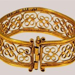 Bracelet Late 12th - early 13th century. The gold embossing, filigree. Length of 6.3 cm, width - 2.1 cm. State Museums of the Moscow Kremlin