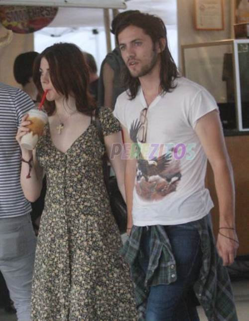 Frances Bean Cobain is engaged. The 19-year-old and her fiance, The Rambles' frontman Isaiah Silva, went public with their relationship last October