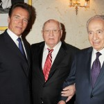(L to R) Arnold Schwarzenegger, Former Soviet leader Mikhail Gorbachev, and Israeli President Shimon Peres attend the Gorby 80 Gala at the Royal Albert Hall on March 30, 2011 in London, England.