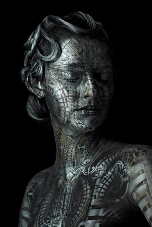 Body paintings by Michael Rosner