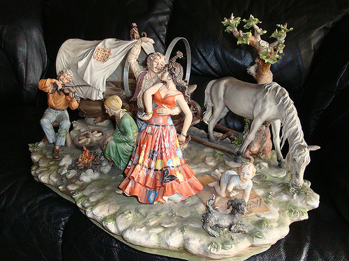 Capodimonte Finest Porcelain figurines