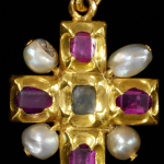 Cross pendant Gold with rubies and natural pearls, Germany