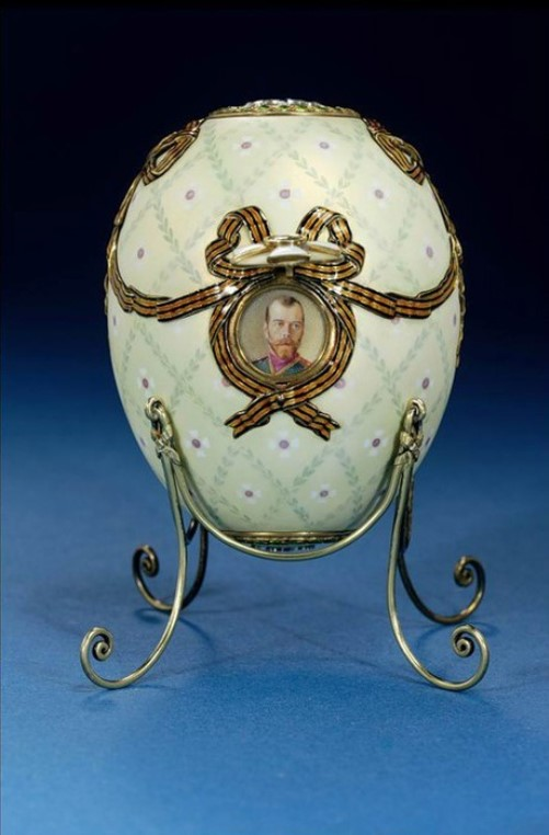 Egg 'The Order of St. George' was made by jeweler Carl Faberge firm in 1916. Master - is unknown.
