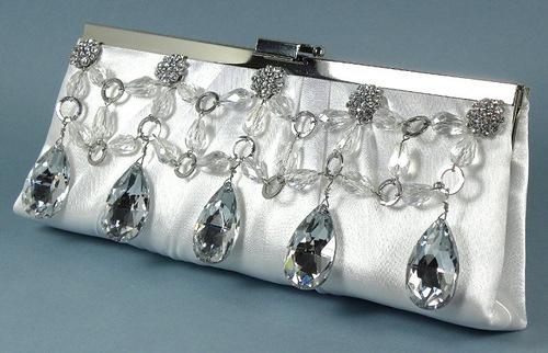 Precious handmade bags by Clara Kasavina