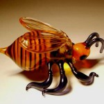 Wasp. Glass insect sculptures by American artist Wesley Fleming