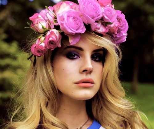 Glamorous retro inspired Lana Del Rey