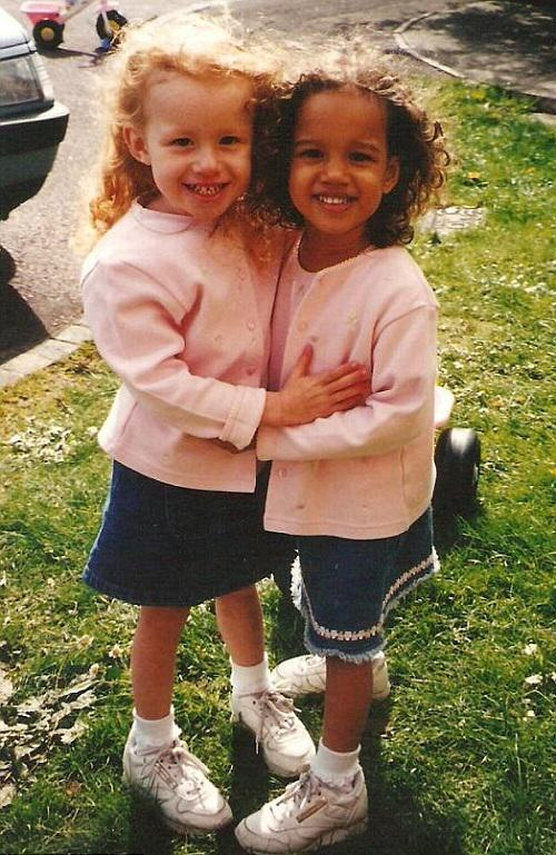 Little twin sisters Lucy and Maria Aylmer, Gloucester, the UK