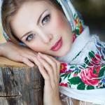 Russian beauty wearing traditional shawl of Pavlovsky Posad