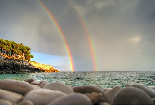 To reach a Rainbow photo contest