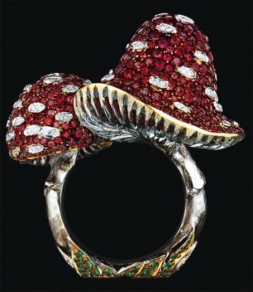 "Russian Jewelry art by ""Jewelry Theatre"""