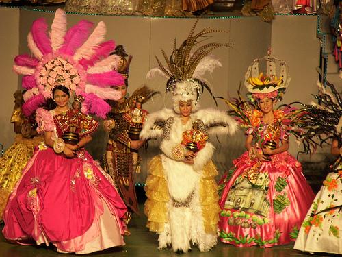 Impressive costumes of participants of Sinulog festival