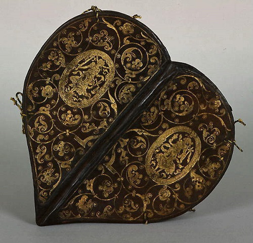 Small Prayer Book for All Occasions. Caspar Meuser (1550-1593). Photo of binding, Caspar Meuser made ​​of leather with gold ornaments. The Book of Princess Anne, 1580