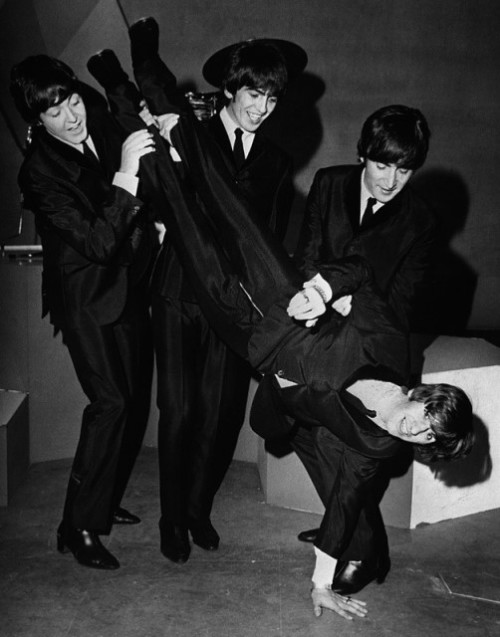 Giving Ringo Starr the birthday bumps on his 24th birthday