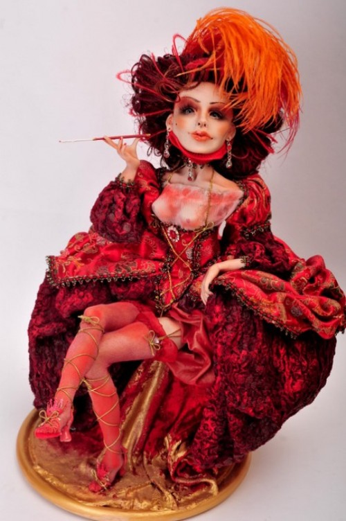 A lady in a hat. The world of dolls by Russian self-taught artist Elena Mikhailova