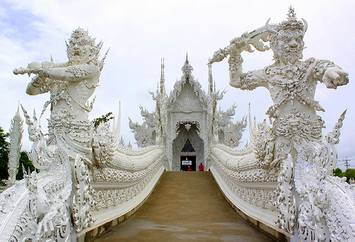 Wat Rong Khun –  White temple in Thailand