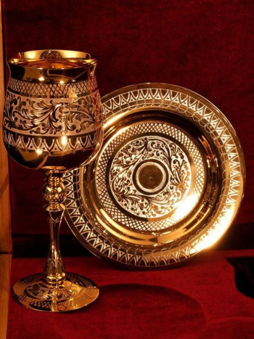 Wine glass and tray. Zlatoust art of steel engraving