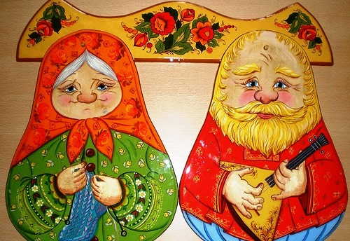 Traditional Russian folk painting on wood by Anna Selezneva