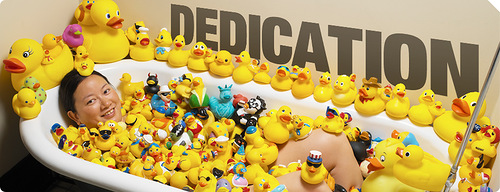 Charlotte Lee (USA) has 5,631 different rubber ducks. Guinness records 2012 collections