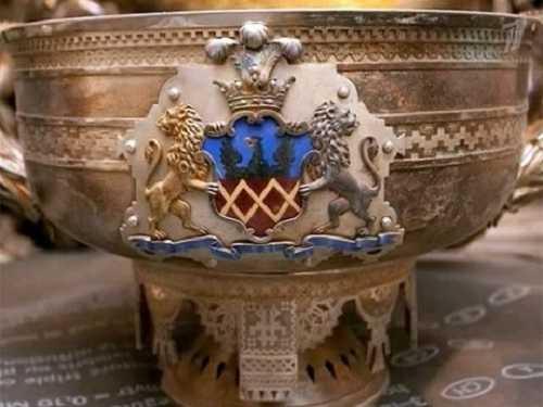 A royal bowl from a silver service sets found in the restored building in St Petersburg