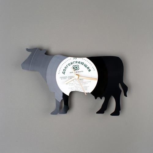 Cow Wall clocks made from Russian vinil record by Estonian designer Pavel Sidorenko