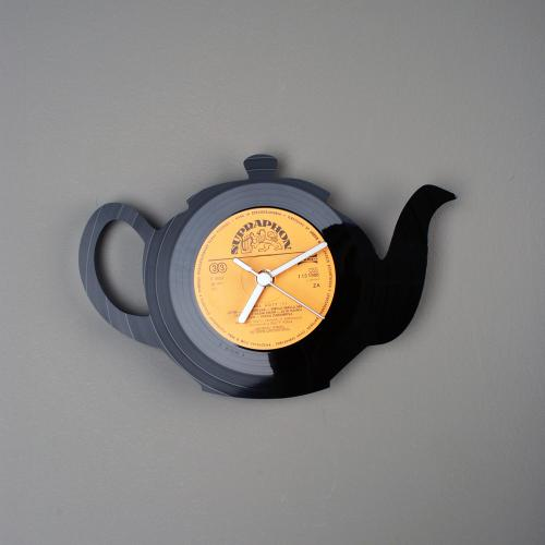 Wall clocks made from old vinil records by Estonian designer Pavel Sidorenko