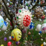 Apple tree decorated with 10000 Easter eggs