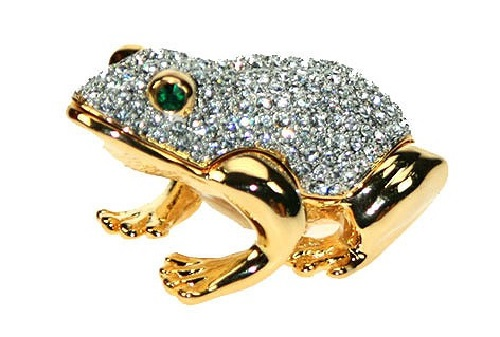 Beautiful gold frog brooch