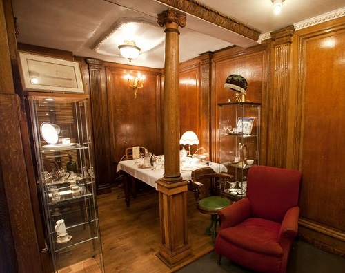 Man builds replica of Titanic cabin in his garden shed