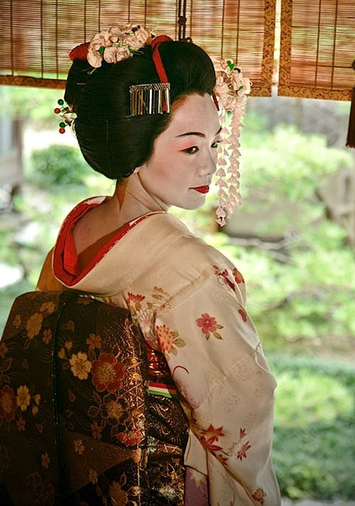 Mysterious beauty of a Japanese woman