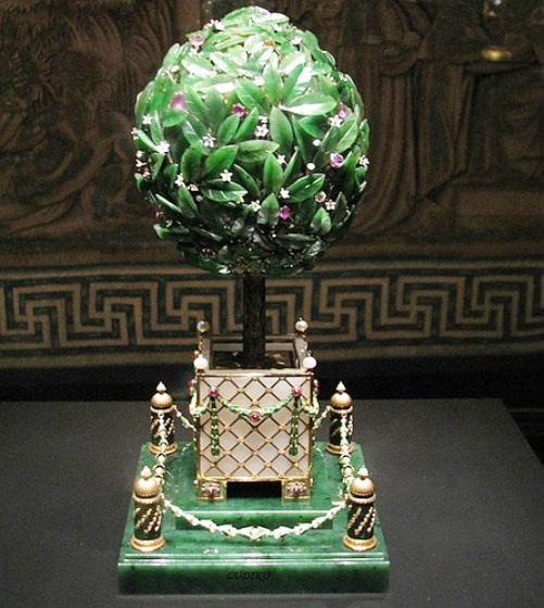 Easter Egg of the imperial family. 'Laurel tree' the work of the firm of Carl Faberge, 1911