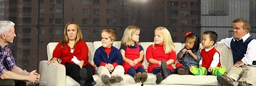 The Johnstons – the largest family of achondroplasia dwarfs in the world