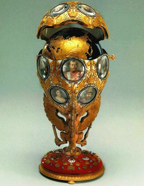 Egg '300 years of the Romanov dynasty' in the imperial court made in 1913. Master - Henry Wigstrom