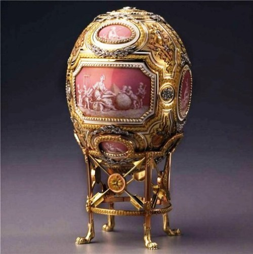 Egg 'Grisaille' Catherine the Great. The egg is also known under the name 'Pink cameos'. Eggs produced at the Imperial court jeweler Carl Faberge firm in 1914. Goldsmith - Henry Wigstrom