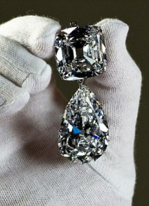 The Cullinan III and IV Brooch is displayed ahead of the 'Diamonds: A Jubilee Celebration' exhibition at Buckingham Palace on May 15, 2012 in London, England. The jewellery is made from the Cullinan Diamond, the largest diamond ever found