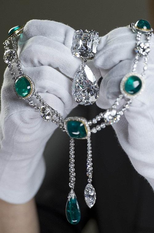 Unique exhibition at Buckingham Palace