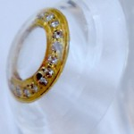 Contact lenses 'La SER Eye Jewelry' with gold and diamonds. Shekhar Eye Research Center, India
