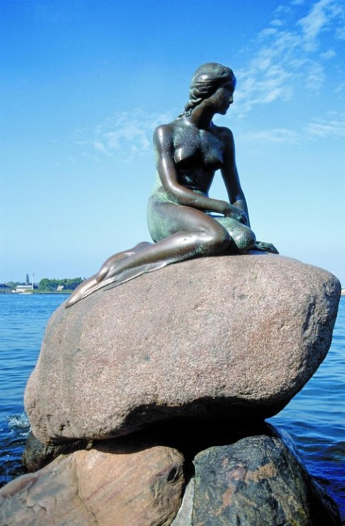 The Little Mermaid statue in Langelinie, Copenhagen