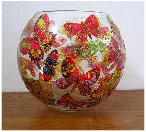 Dual-stroke painting on glass by Russian artist Tatyana Kudryavtseva