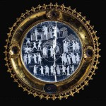 Striking Realism of Renaissance engravings on crystal