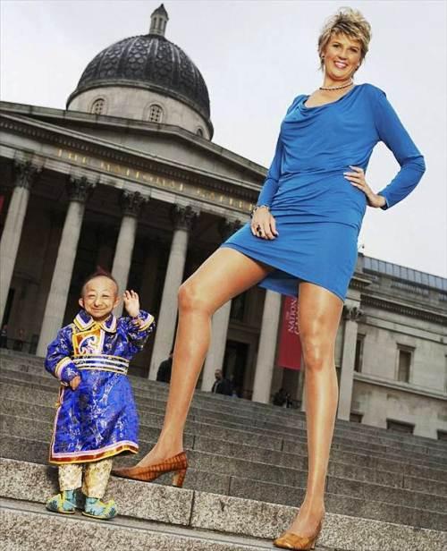 Svetlana Pankratova world longest legs and He Pingping