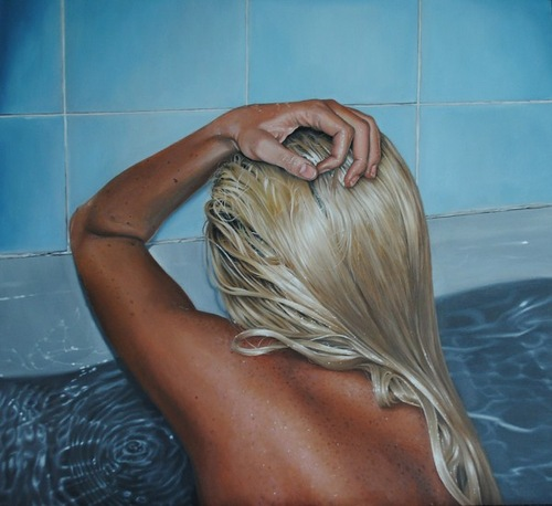 Hyperrealistic paintings by Swedish artist Linnea Strid