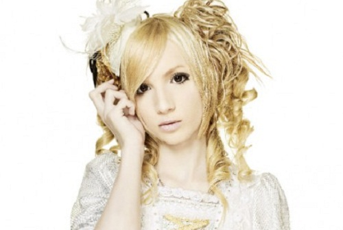 16-year-old Swedish teen Yohio, who looks like anime girl