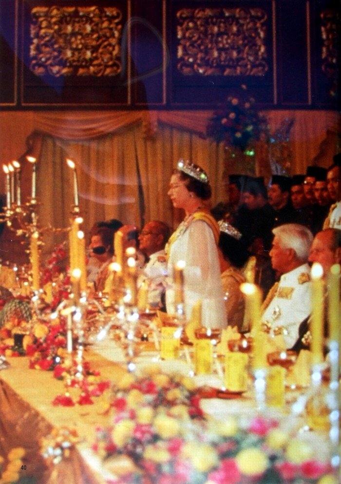 At an official dinner during the Commonwealth of 1989 conference in the capital of Malaysia, Kuala Lumpur