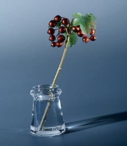 Branch of red currants. Gold, jade, rock crystal, casting, stamping, enamel. beginning of the XX century