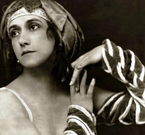 "Ballerina Tamara Karsavina ""Pulcinella"" 1912"
