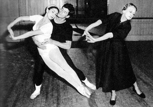 Tamara Karsavina with students